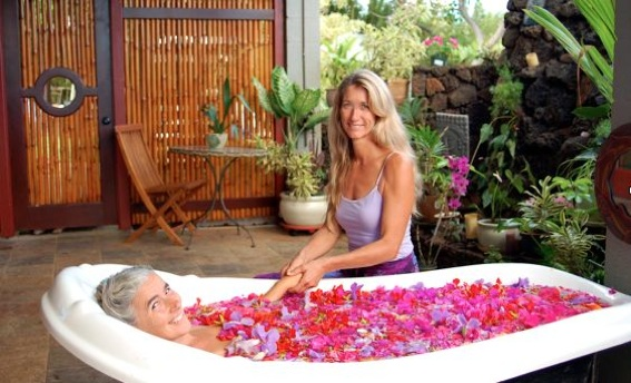Hawaiian Flower Bath
